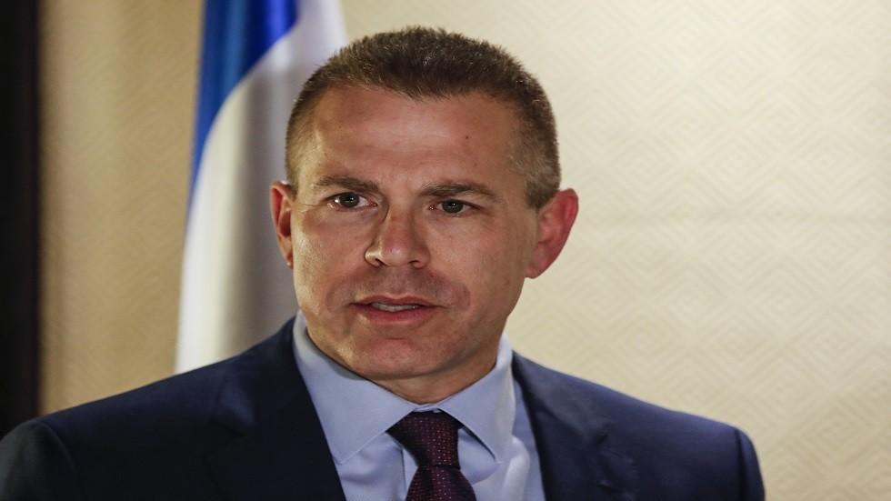 وزير إسرائيلي يهدد الرئيس الفلسطيني بدفع ثمن