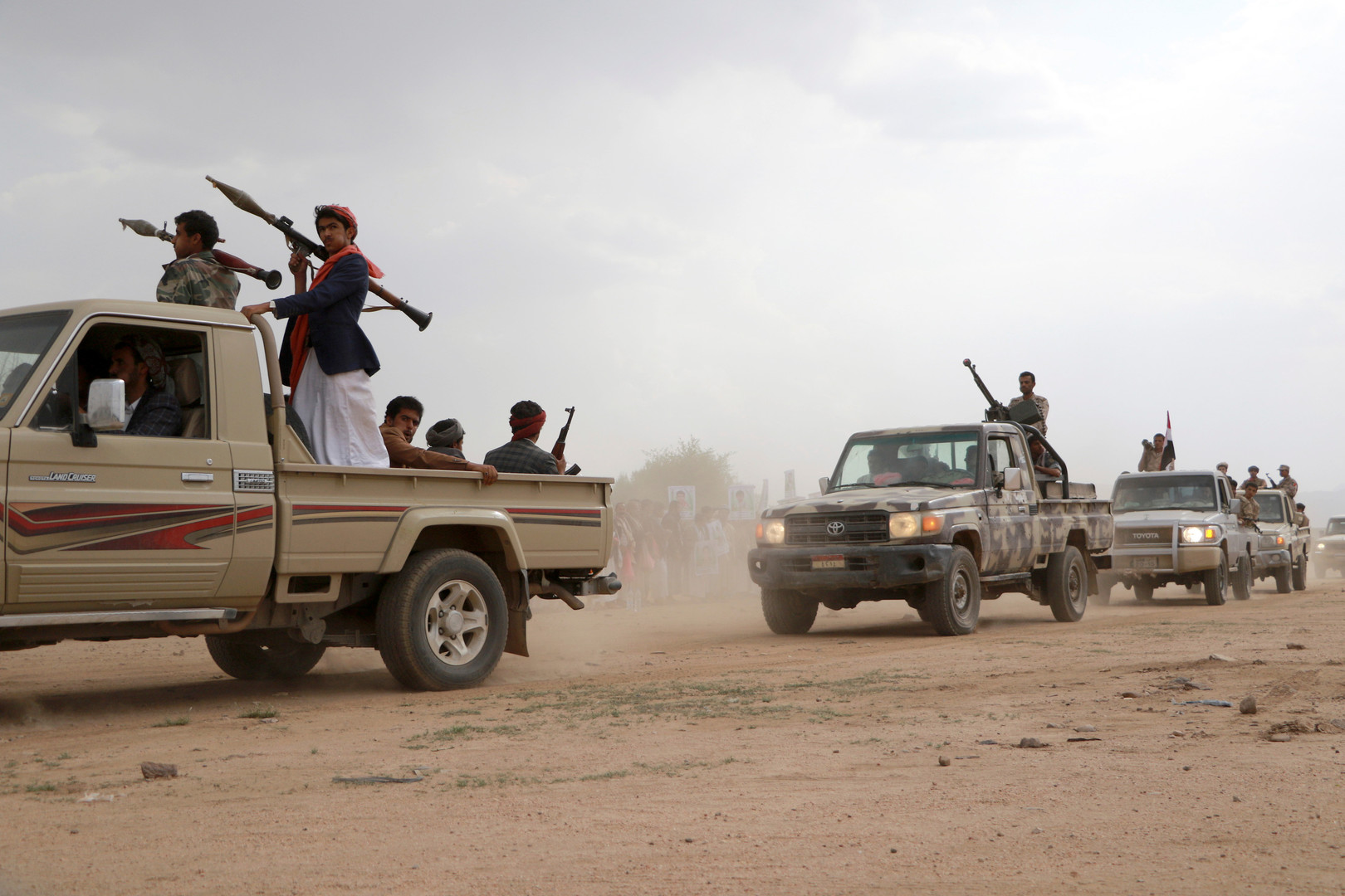 الحوثيون يعلنون تنفيذ هجوم جديد استهدف مطار أبها جنوب السعودية
