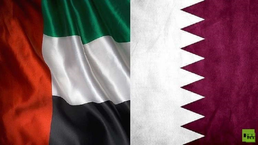 العلمان القطري والإماراتي