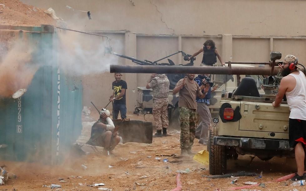 ليبيا.. تجدد الاشتباكات في محيط العاصمة طرابلس
