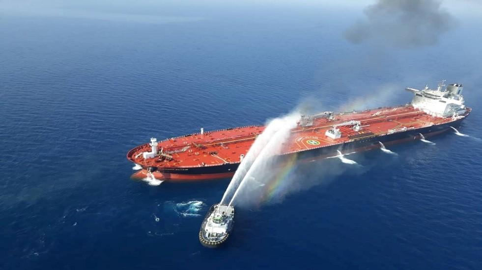 حريق ناقلات النفط في بحر عمان