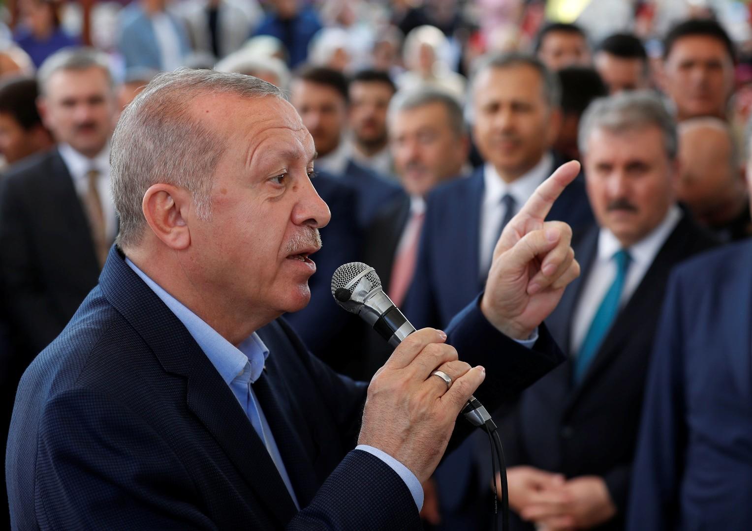 أردوغان خلال تأبين مرسي