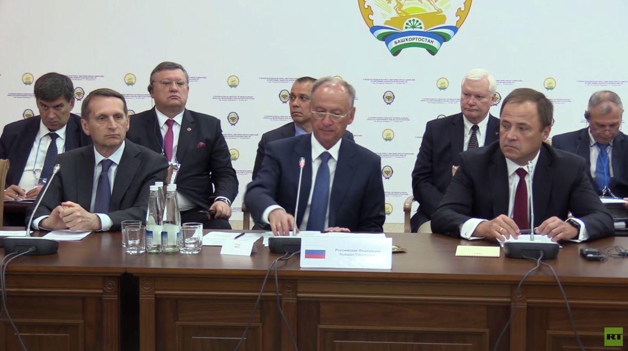 موسكو: الغرب دعم مسلحي سوريا بالمليارات