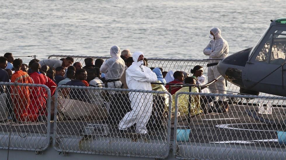 مهاجرون عالقون قبالة سواحل تونس يرحلون إلى بلادهم طواعية