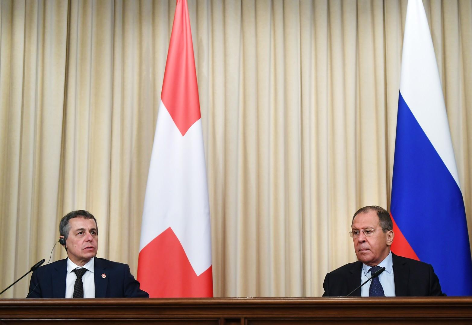 مؤتمر صحفي لوزيري الخارجية الروسي سيرغي لافروف والسويسري إينياتسيو كاسيس في موسكو، 19 يونيو 2019