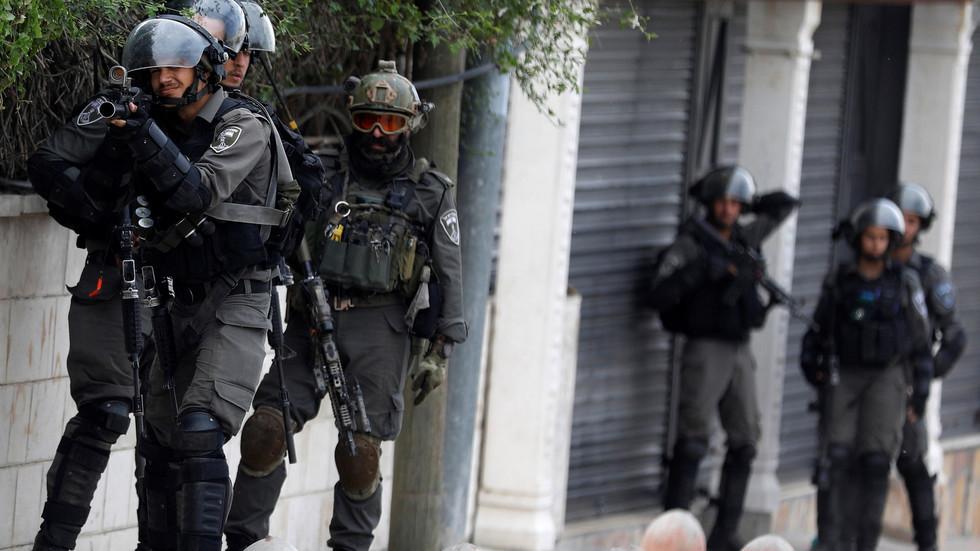 مكتب نتنياهو: اعتقال رجل أعمال أردني بتهمة التجسس لصالح إيران (صور)