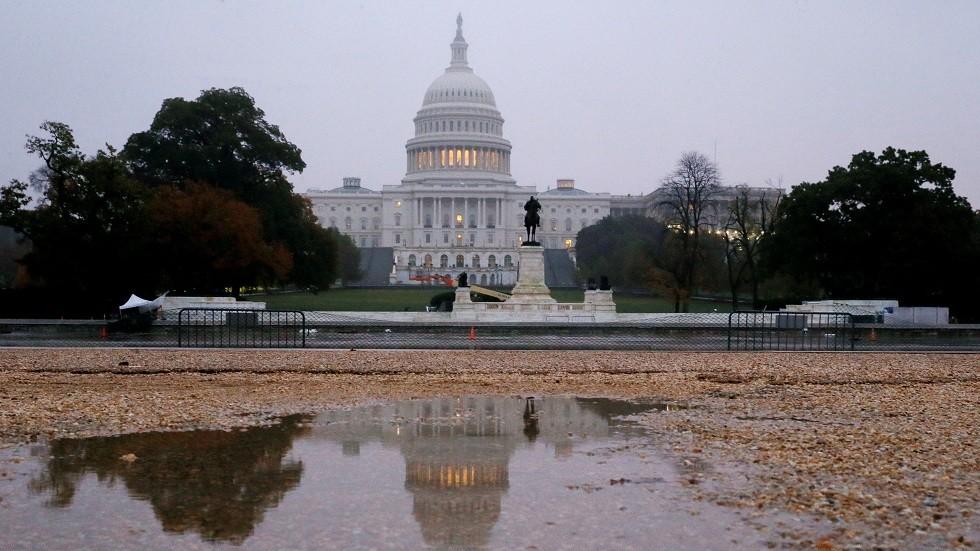 مجلس الشيوخ الأمريكي يصادق على منع صفقات أسلحة مع السعودية والإمارات
