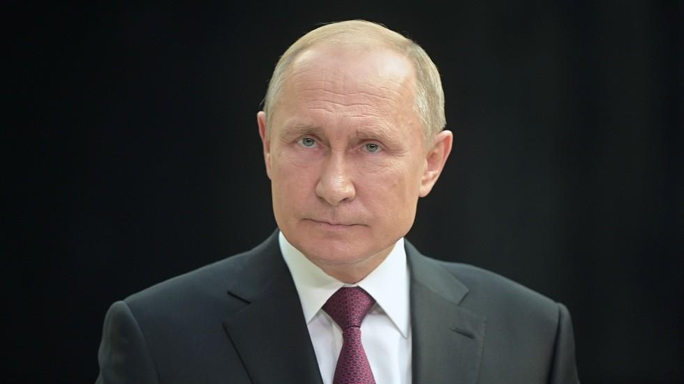 بوتين يوقع مرسوما بحظر الرحلات الجوية إلى جورجيا