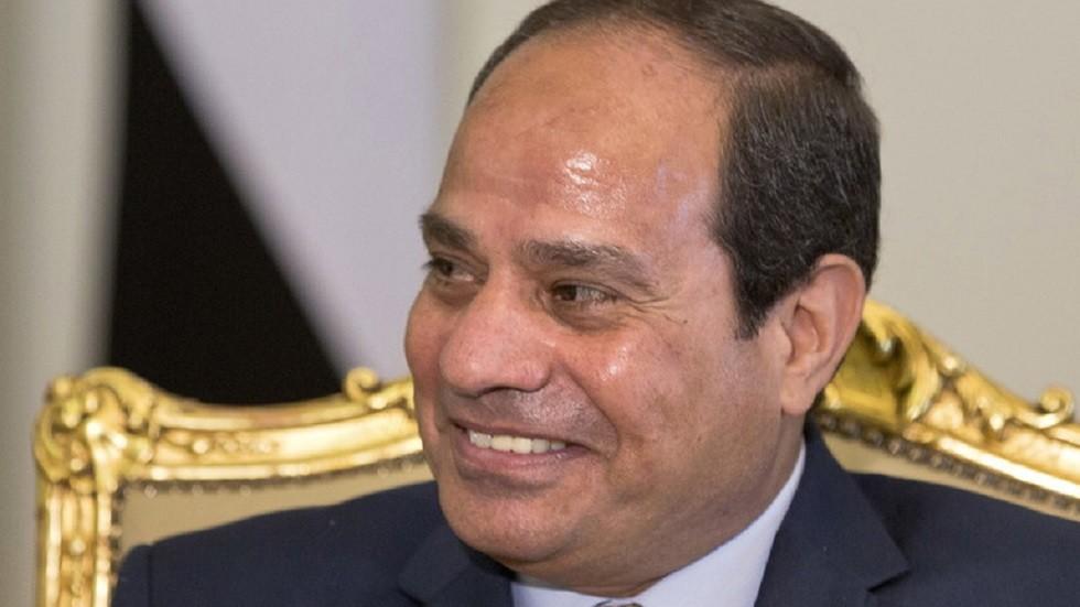 السيسي يعلق على سلوك جماهير مصر في افتتاح