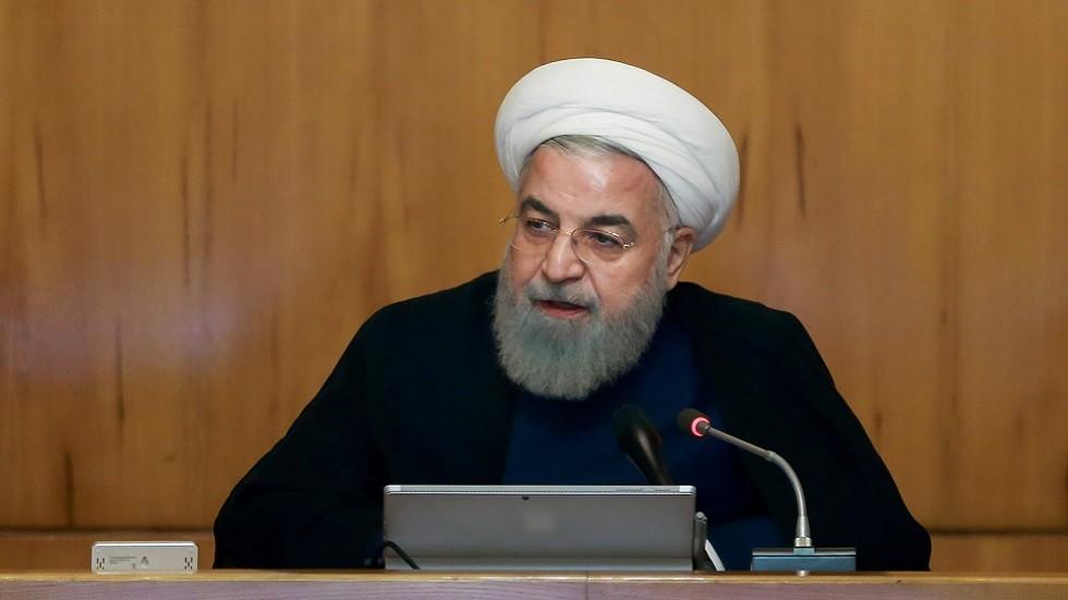 روحاني يوجه بعدم ختم جوازات المسافرين الأجانب