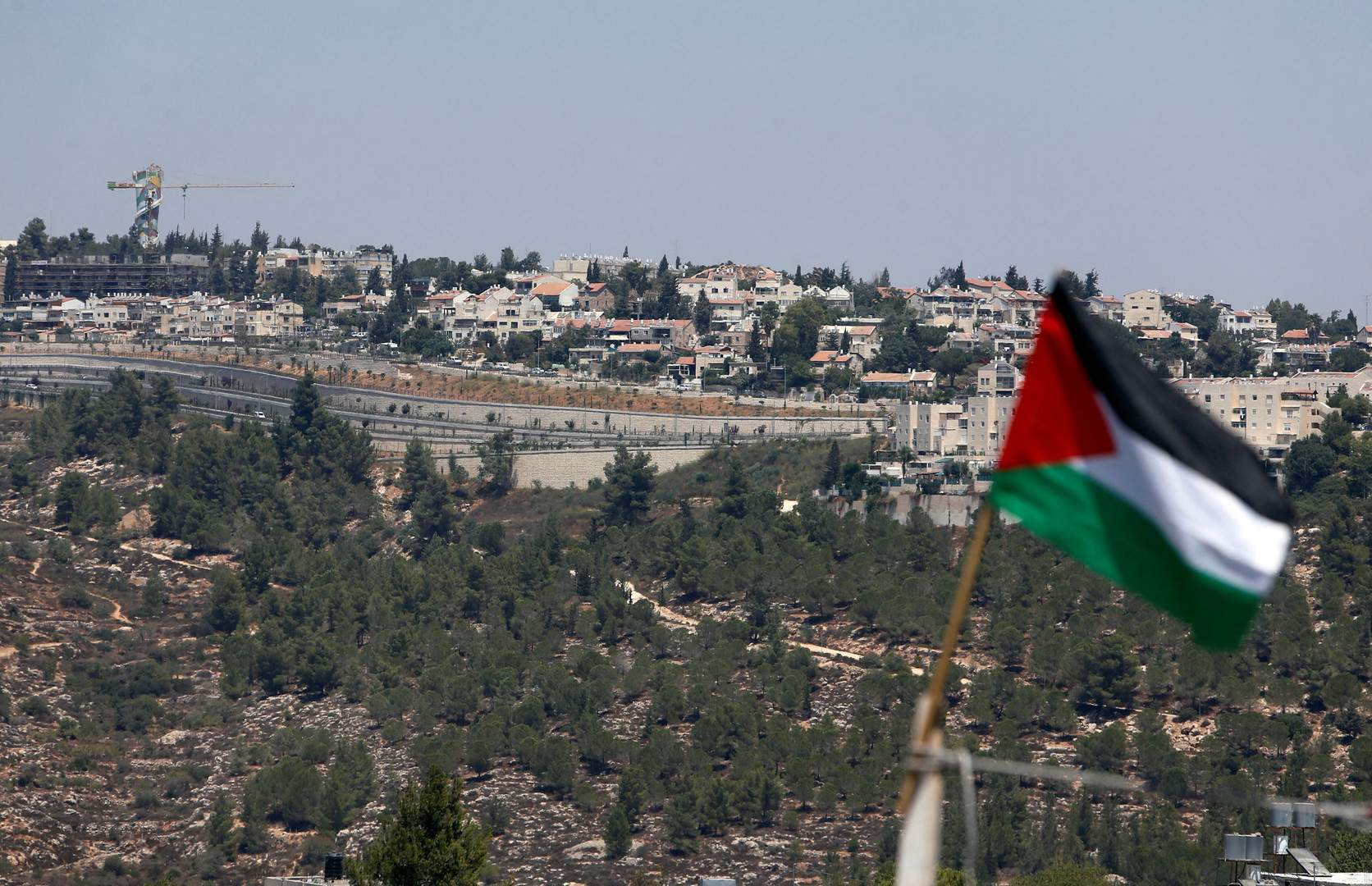 فلسطين تندد بـ