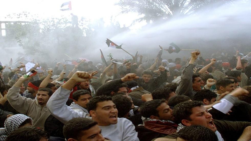 متظاهرون فلسطينيون - أرشيف