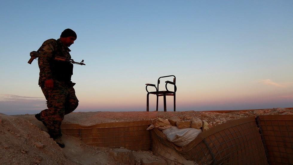 جندي عراقي على الحدود مع سوريا