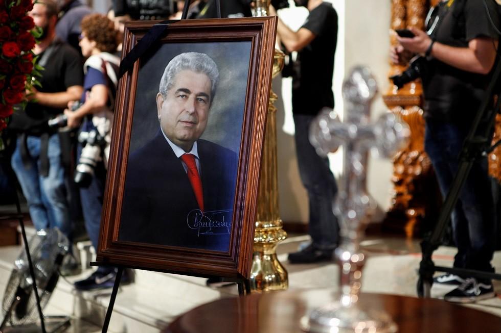 تشييع جثمان الرئيس القبرصي السابق خريستوفياس