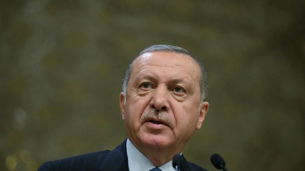 المصادقة على قانون الخدمة العسكرية الجديد في تركيا