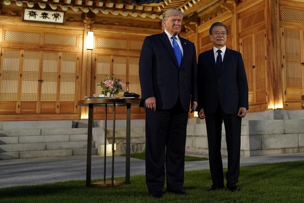 ترامب يصل كوريا الجنوبية لزيارة المنطقة منزوعة السلاح وعقد لقاء محتمل مع زعيم كوريا الشمالية