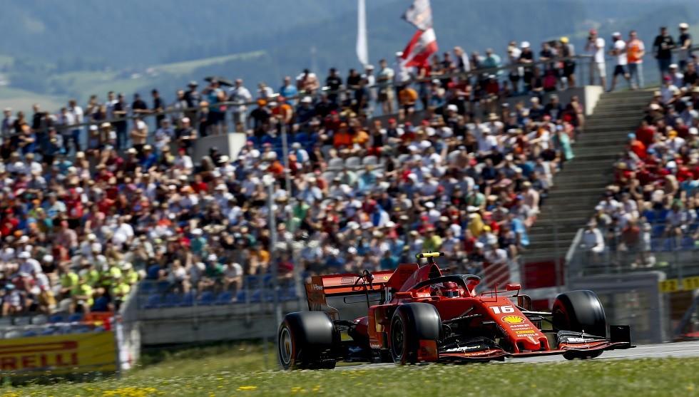 لوكلير يتفوق على هاميلتون في جائزة النمسا للفورمولا 1 (فيديو)