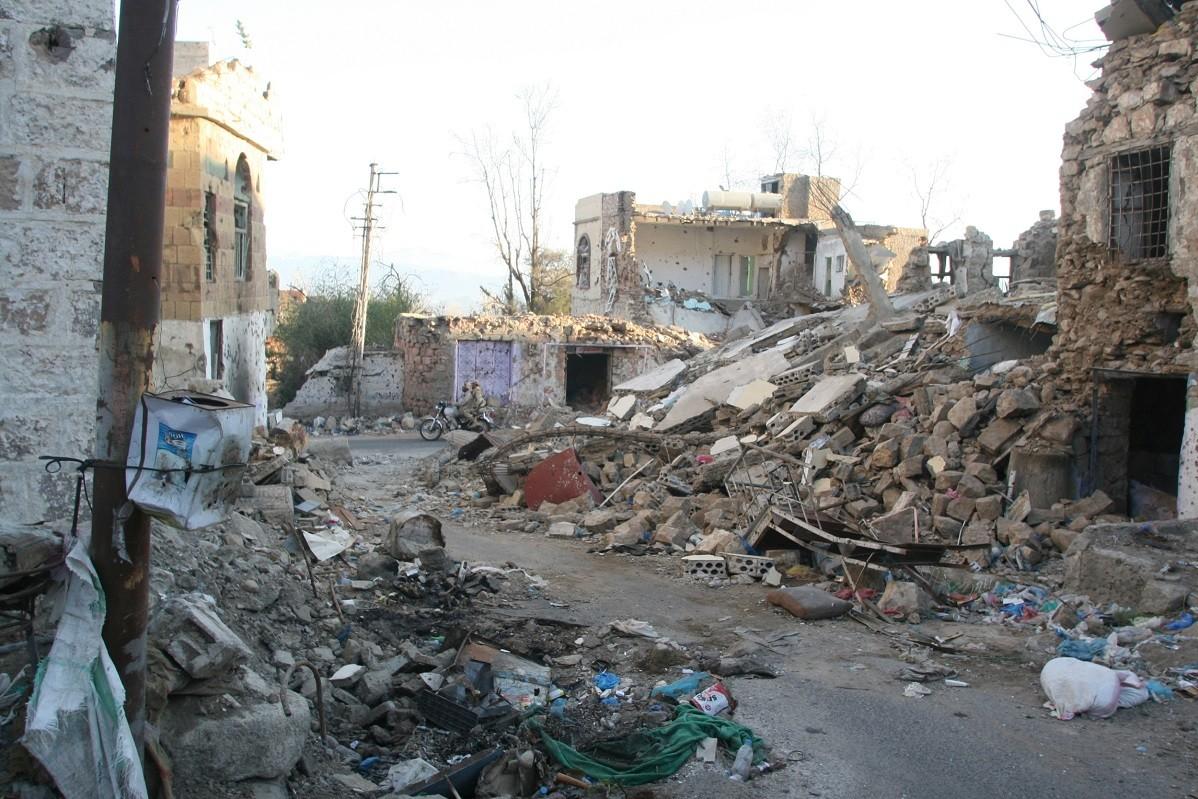 وسائل إعلام: 4 قتلى و8 جرحى جراء قصف الحوثيين لحي شرق تعز