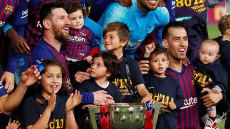 tiago messi's son angers his father (video)