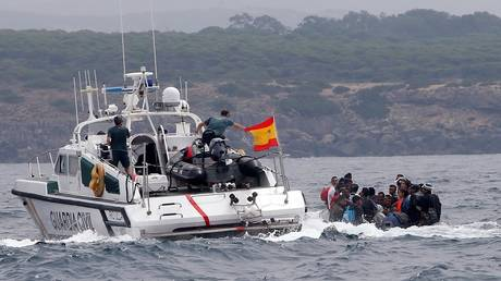 Spain: Seven Algerians arrested for involvement in human trafficking