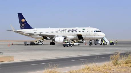 Saudi Airlines issues warning to passengers on board