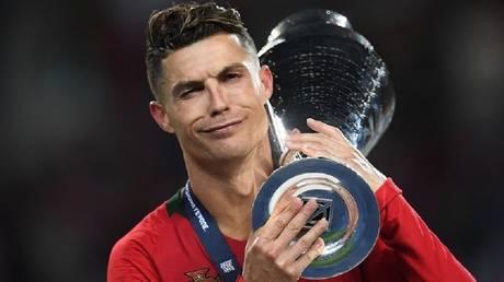 Ronaldo praises himself for giving him the sixth gold ball
