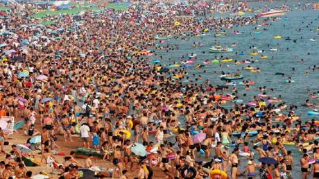 UN: World population will reach 9.7 billion