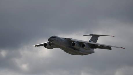 """روسيا تعزز أسطولها الجوي بـ """"عملاق طائر"""" جديد"""