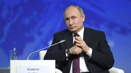 Putin talks about the work of Russian experts in Venezuela