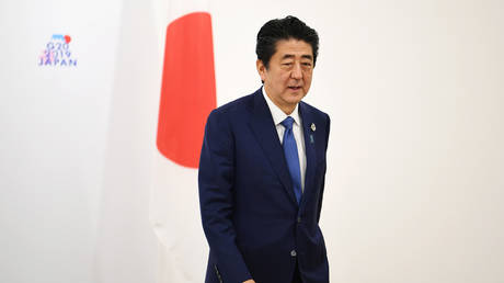 Abe: G20 supports project to stop plastic waste dumping in the oceans by 2050