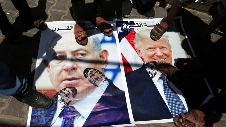 السلطات الفلسطينية تصادر أموال رجل أعمال شارك بـ
