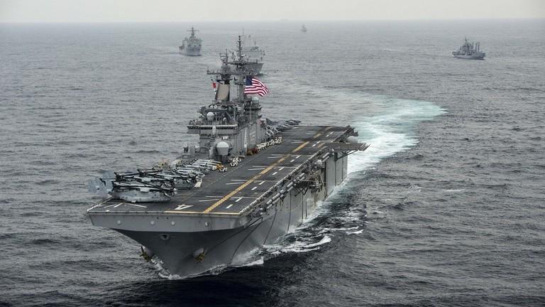 ترامب يعلن تدمير سفينة أمريكية