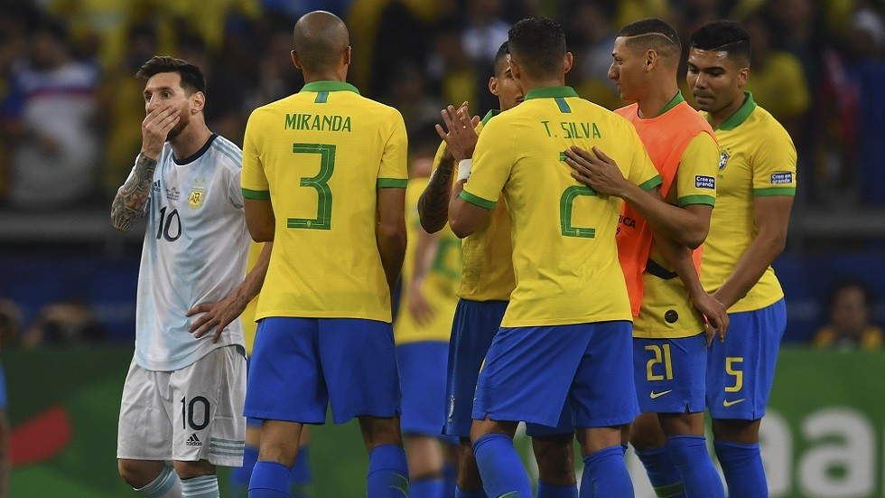 شاهد.. البرازيل تطيح بالأرجنتين وتتأهل لنهائي