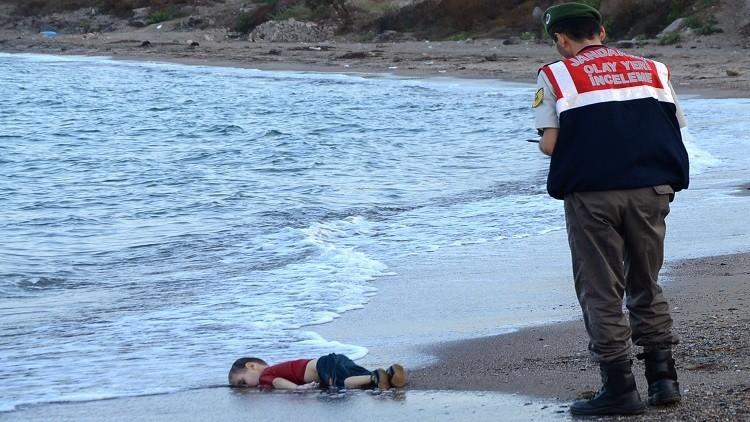 والد الطفل الغريق على السواحل التركية: