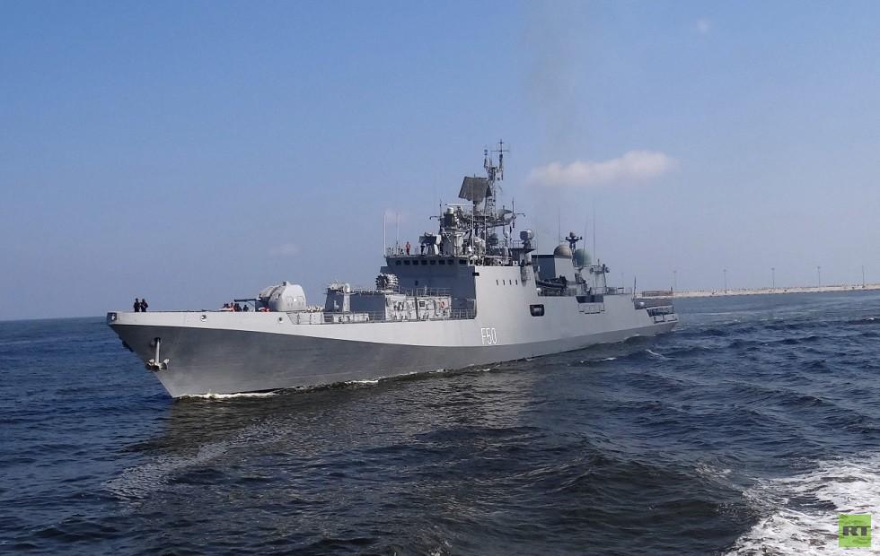 القوات البحرية المصرية والهندية تنفذ تدريبا بالبحر المتوسط