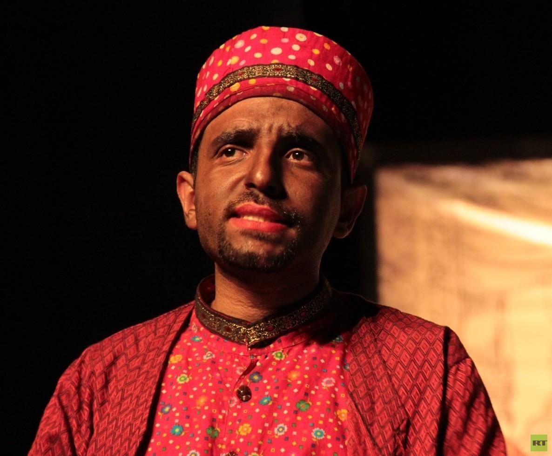 ألوان المسرح الإيراني: من
