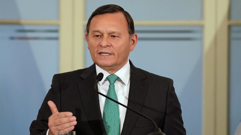 بيرو تدعو روسيا وتركيا ودولا أخرى لمناقشة أزمة فنزويلا