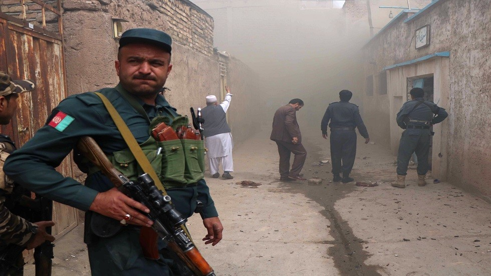 مصرع وإصابة 22 شخصا بتفجير مسجد شرقي أفغانستان