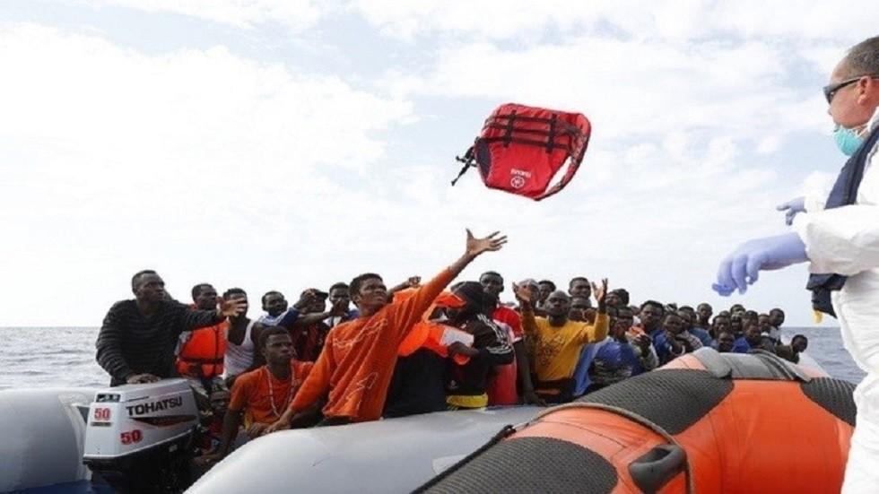 الهلال الأحمر التونسي: انتشال 12 جثة لمهاجرين في البحر المتوسط