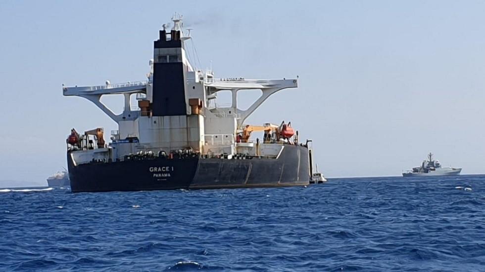 الحرس الثوري: بريطانيا ستندم على إيقافها ناقلة النفط الإيرانية