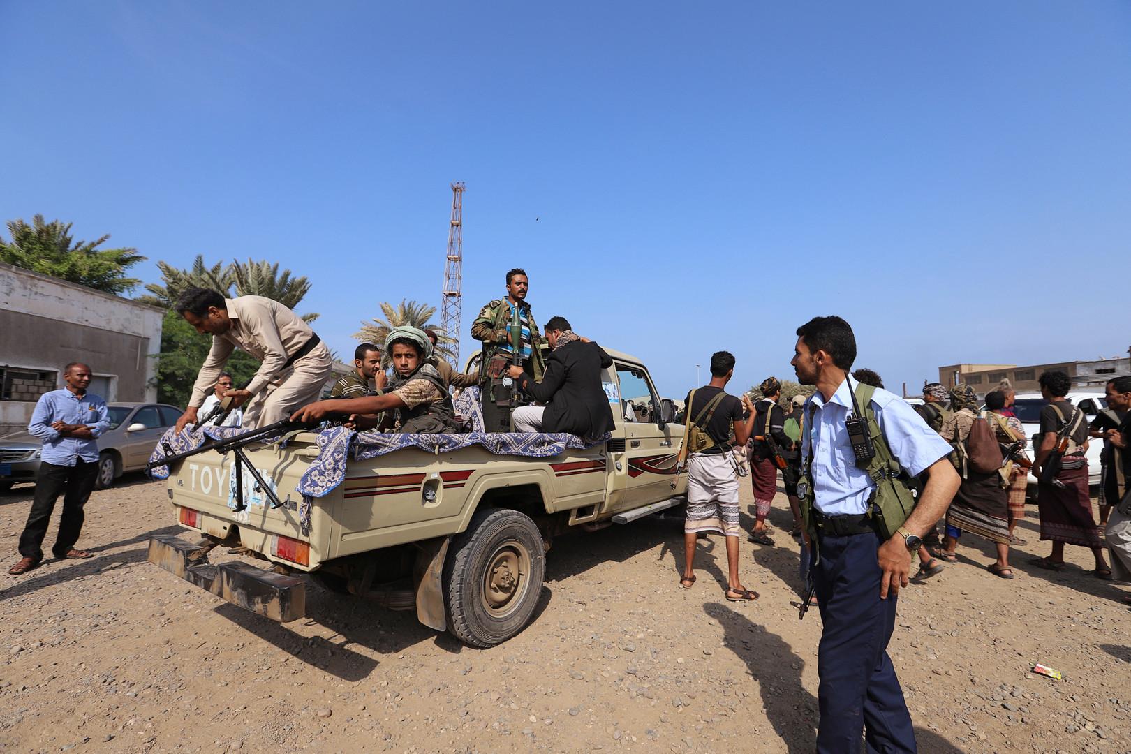 اليمن.. قتلى وجرحى جراء تصعيد عسكري في الحديدة وسط اتهامات متبادلة