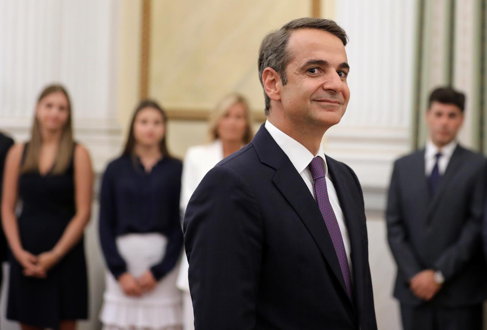 رئيس وزراء اليونان الجديد كرياكوس ميتسوتاكيس