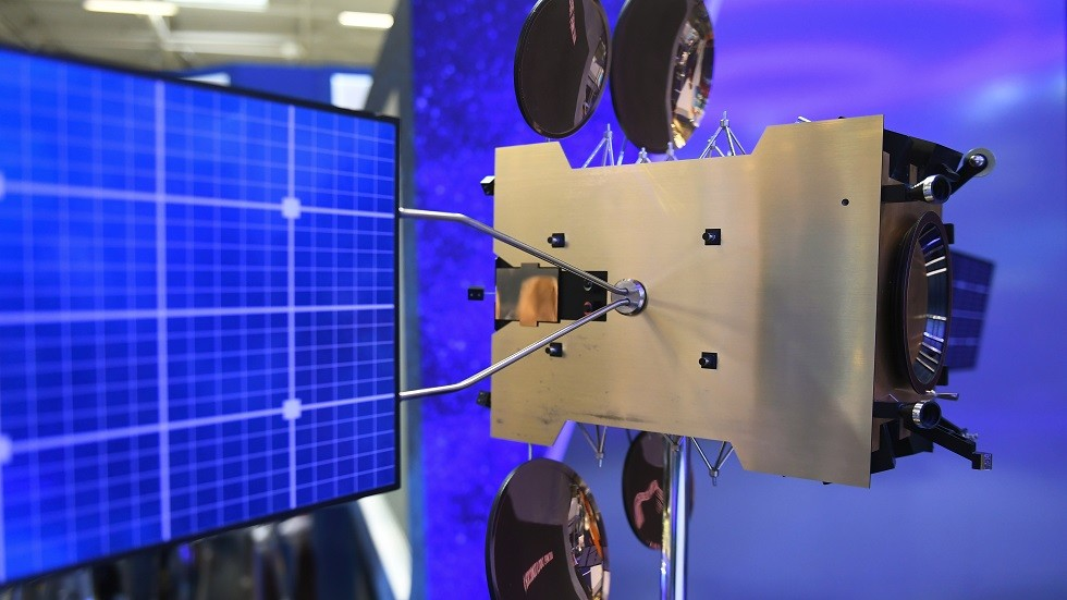 روسيا تنجح بتشغيل 3 أقمار صناعية علمية في الفضاء