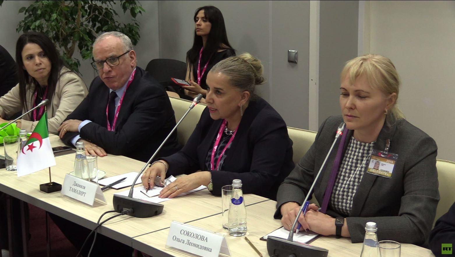 روسيا والجزائر تبحثان التعاون الزراعي وصناعة السيارات