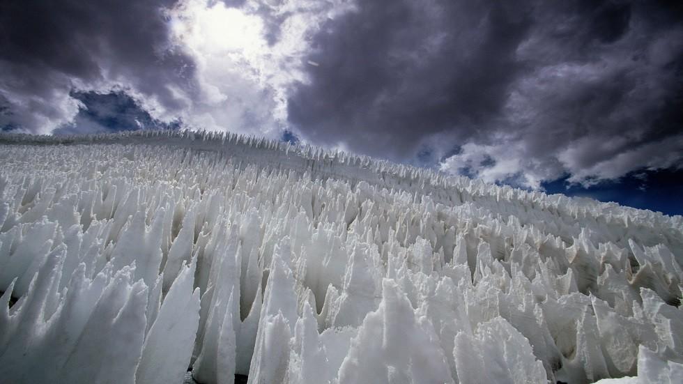 ميكروبات تتغلب على أقسى بيئات الأرض بفضل أبراج