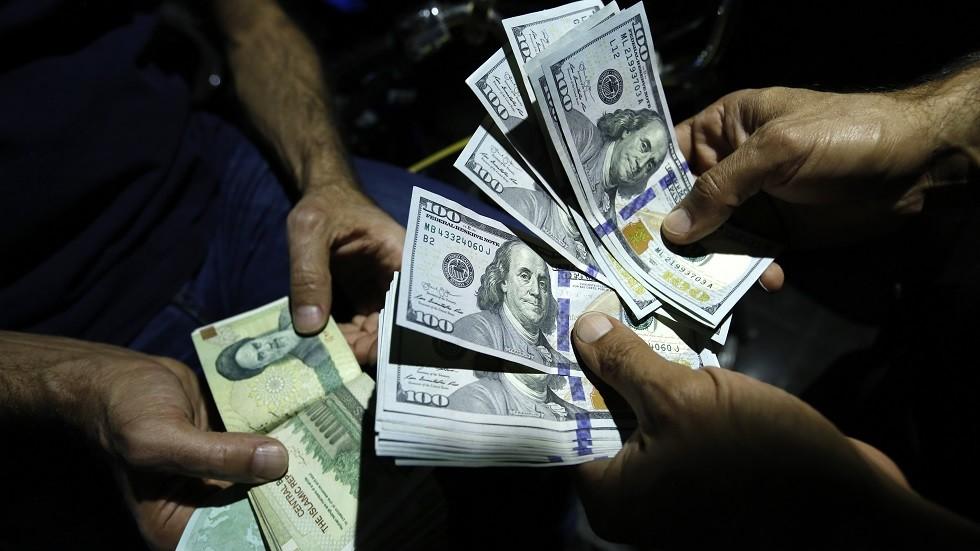 أسواق صرف العملات في إيران - أرشيف