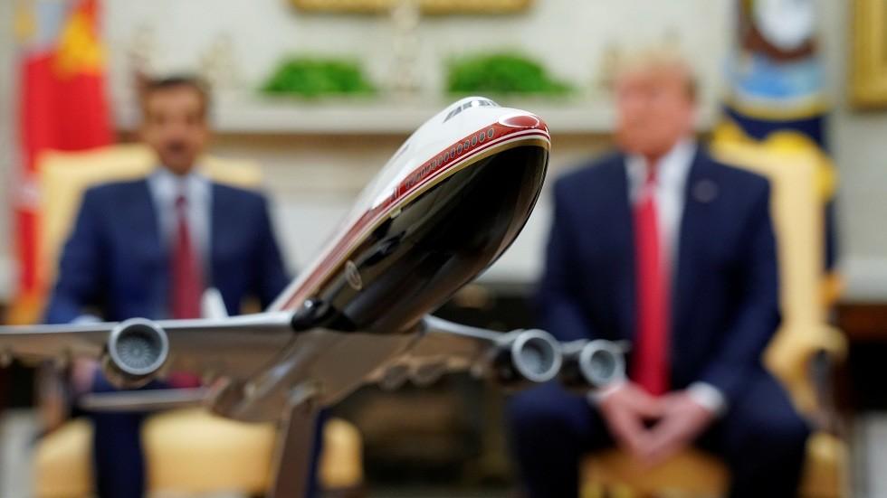 ترامب يعلن عن صفقة كبيرة مع قطر لبيع طائرات