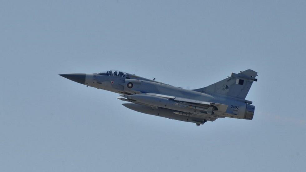 وزارة الدفاع القطرية: تصادم طائرتين عسكريتين ونجاة الطاقمين