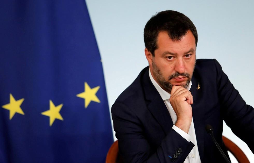 وزير الداخلية الإيطالي ينفي تلقيه دعما ماليا من روسيا