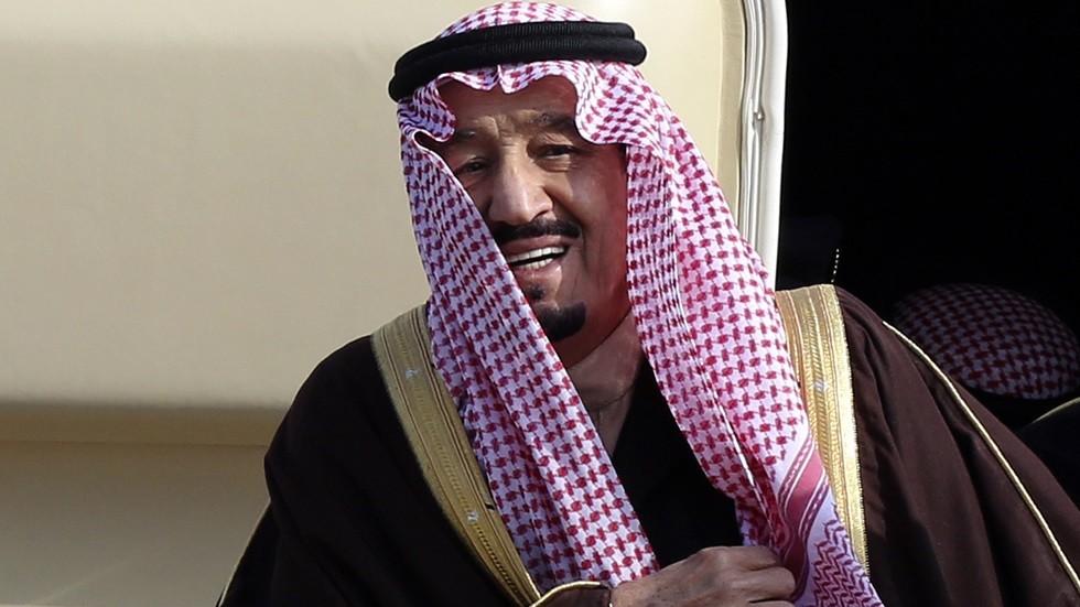 العاهل السعودي يأمر بصرف ما يزيد عن 19 مليون ريال للأيتام